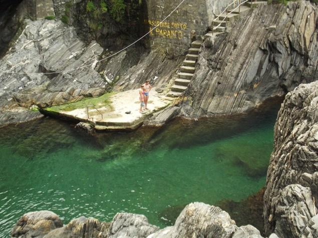 Manarola clear water