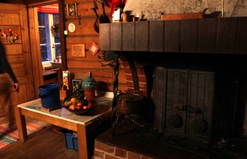 Inside the traditional Finnish house - Hauho, Finland (5)