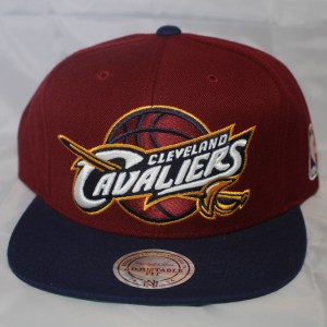 Cleveland Cavs NBA Team Solid XL Mitchell and Ness Snapback Cap