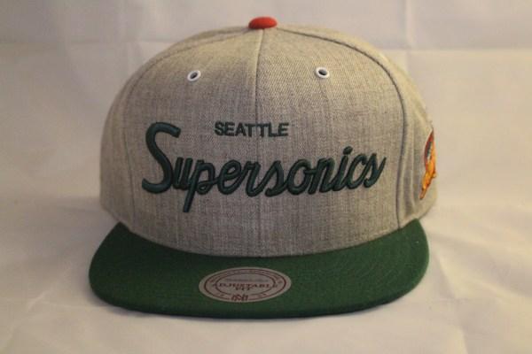 Mitchell and Ness NBA Seattle Supersonics Script SB HWC Snapback Cap