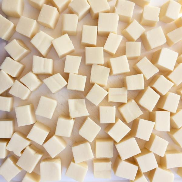 Crockpot Green Chile Queso Recipe at NeverEndingJourneys.com