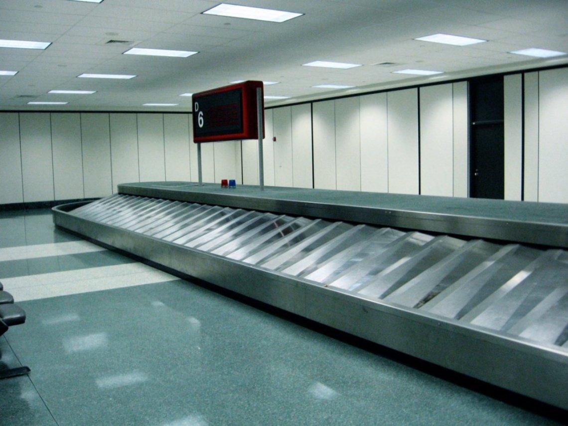 baggage-claim-6-1231642-1280x960