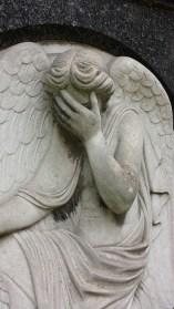 angel-figure-451923_960_720[1]