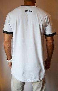 TB0827 camiseta long blanca con bolsillo polipiel trasera
