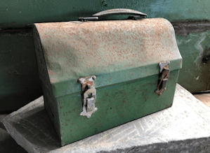 A rusty old lunchpail