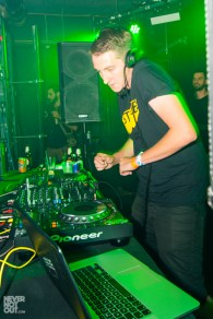 notion-magazine-summer-vibes-party-50