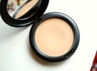 mac-select-sheer-pressed-powder-review-3