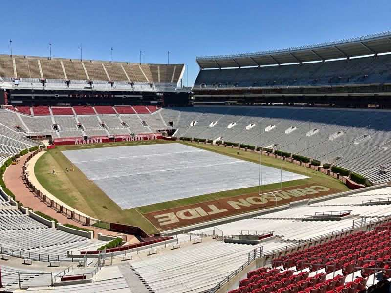 University of Alabama Crimson Tide Football Field | nevertooldtotravel.com | Gary House