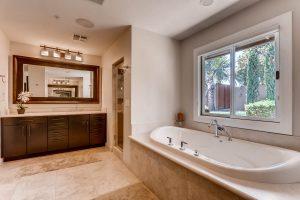5118-N-73rd-Street-Scottsdale-print-015-11-Master-Bathroom