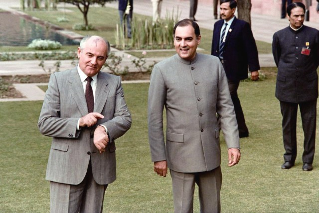Mikhail Gorbachev Rajiv Gandhi