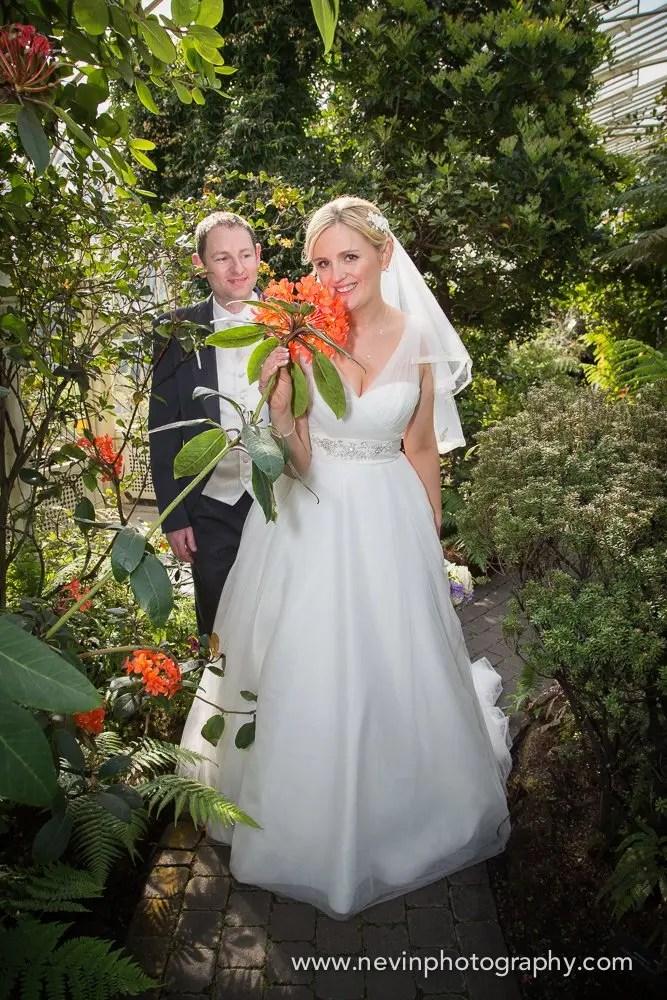 Wedding Photographer at The Botanical Gardens photoshoot