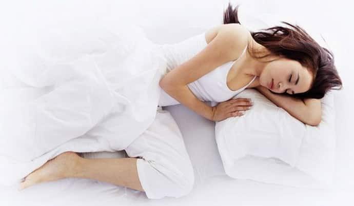 Όλα σχετικά με το γιατί ένα άτομο συσπάται όταν κοιμάται