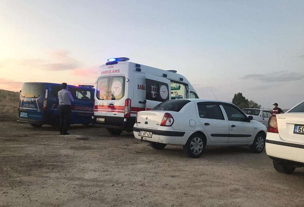 Ürgüp'te bir kişi aracının içinde intihar etti