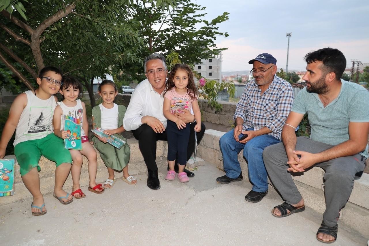 Başkan Savran'dan çat kapı bayram ziyaretleri
