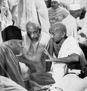 காந்தி, பட்டேல், மவுலானா ஆசாத்