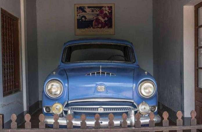 That blue car