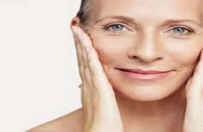 मुस्कुराहट में छिपा है झुर्रियों का इलाज