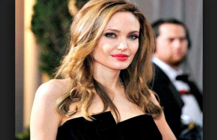 actress-angelina_jolie.jpeg