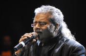 आज के गानों में हिट, भावनात्मक जुड़ाव नहीं : हरिहरन