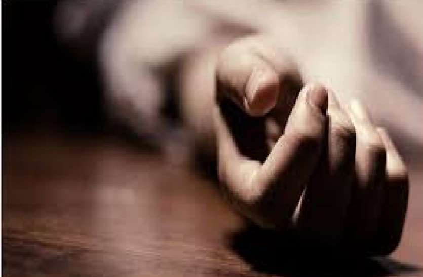 Married woman's body found hanging on hanging, brother accused of killing brother-in-law for one lakh rupees