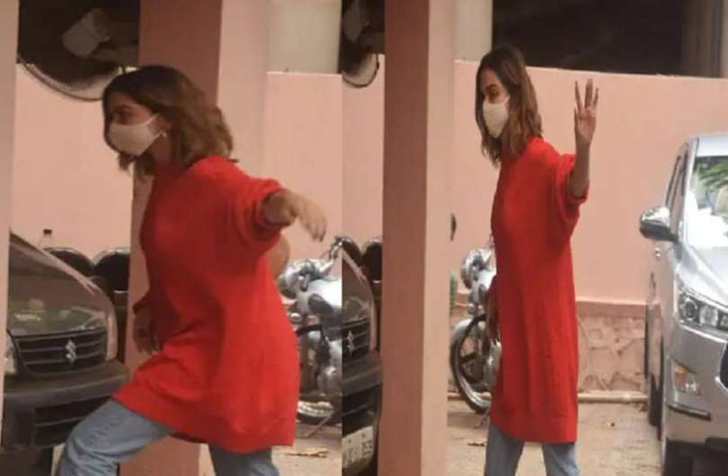 Deepika padukone spotted in the city after a long time