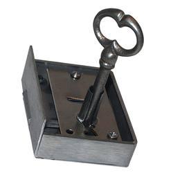 serrure d armoire droite axe 55 mm