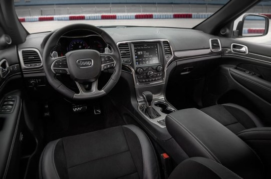 2021 Jeep Grand Cherokee SRT new interior