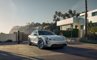 2021 Porsche Taycan Cross Turismo come with more Battery Capability