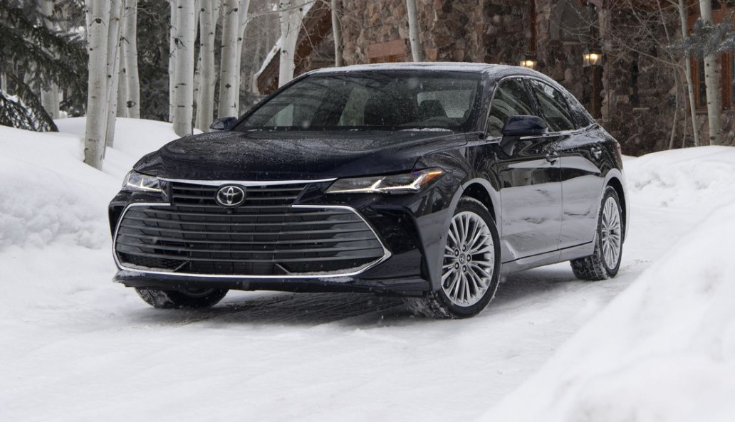 2021 Toyota Avalon test drive with its new engine