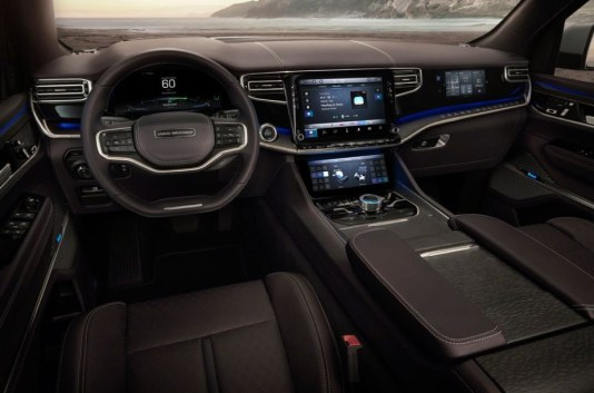 2022 Jeep Wagoneer Navigation and Interior