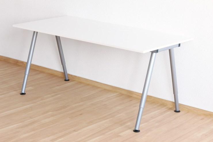 Ikea Schreibtisch Mit Glasplatte 2021
