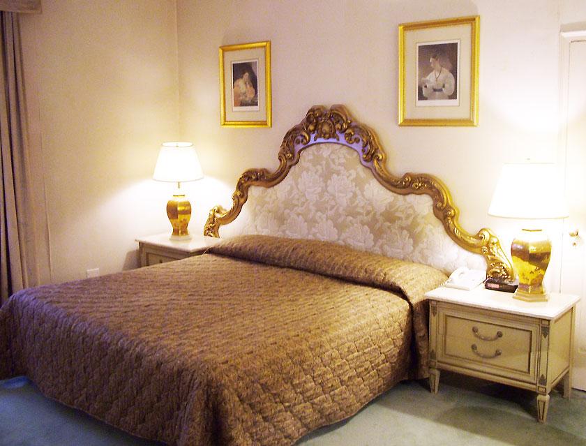 Luxuriöses Hotelzimmer in New York (Bild: Jürgen Kroder)