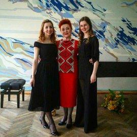 Після концерту з творів українських жінок-композиторок зі студентками: К.Гурковською та А.Сіліхіною (21.042017)