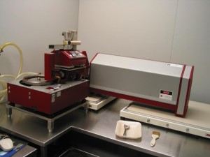 Sympatec Laser Particle Analyzer In Use with Passive Vibration Isolation Table