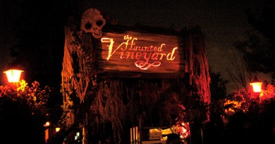 Haunted Vineyard 2004 Review Entrance