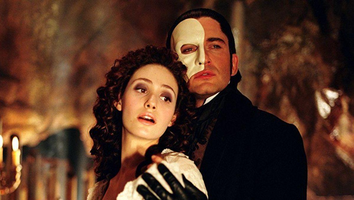 Film Review: The Phantom of the Opera (2004) | Hollywood Gothique