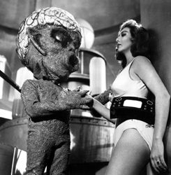 LA NAVE DE LOS MONSTRUOUS (The Monsters' Ship, 1959)