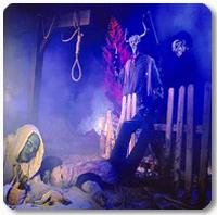 2295_con_Halloween_Haunt_at_Knotts_Berry_Farm_2