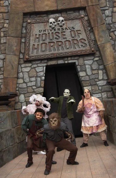 House of Horrors at Universal Studios Hollywood front entrance vertical