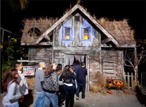 Halloween Horror Nights 2011 Review