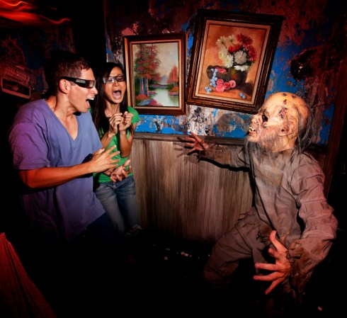 A monster harasses the guests in Alice Cooper Goes to Hell at Halloween Horror Nights 2012