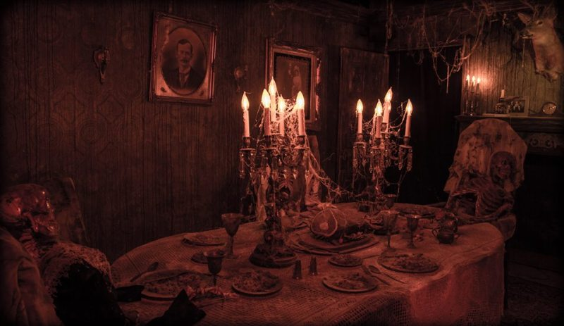 Reign of Terror 2013: A dining table in the haunted Victorian mansnion