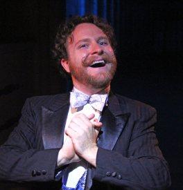 Dustin Hess as Franz Mesmer