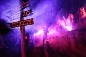 Ghost Fog Alley at Knotts Scary Farm