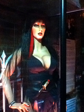 The Hollywood Museum Dungeon of Doom: Elvira Mannequin