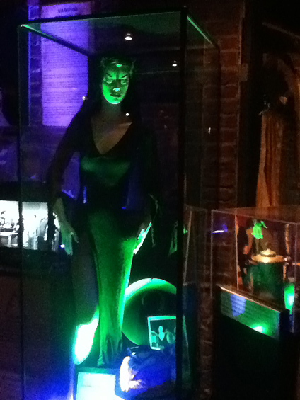 The Hollywood Museum Dungeon of Doom: Vampira