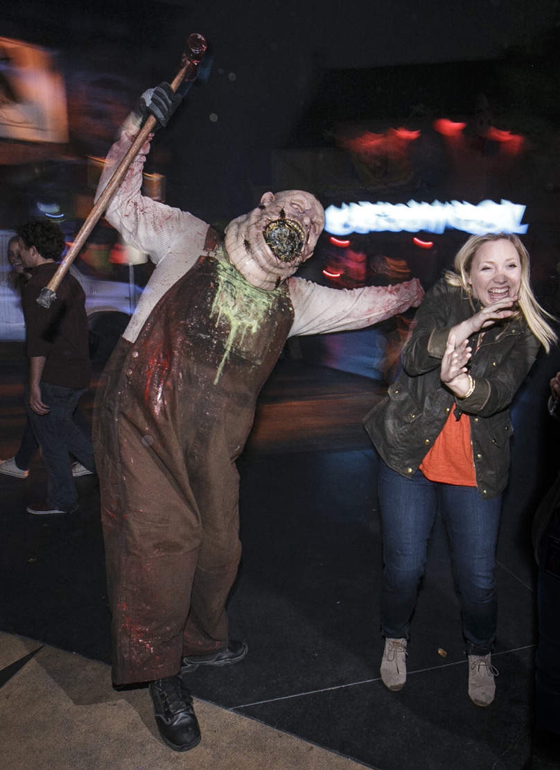 Halloween Horror Nights 2015 scare zone
