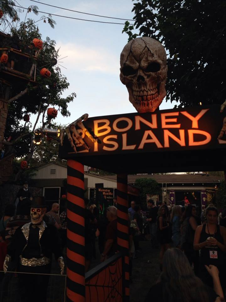 Boney Island Enchanted Garden. Copryight 2015 Yuki Tanaka