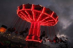 Queen Mary Dark Harbor 2014 Sinister Swings