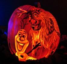 frozen-olaf-and-sven-art-pumpkin